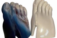 Pé do fecheclerFiber glass e pintura ou Laca 22X16X29 cm 2004 e 1980